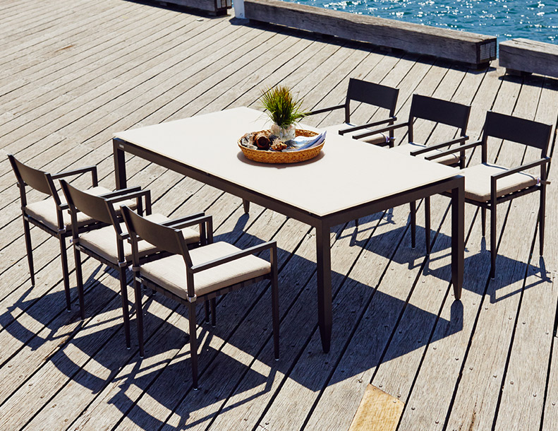 Harbour Outdoor - Pier Chairs & Table