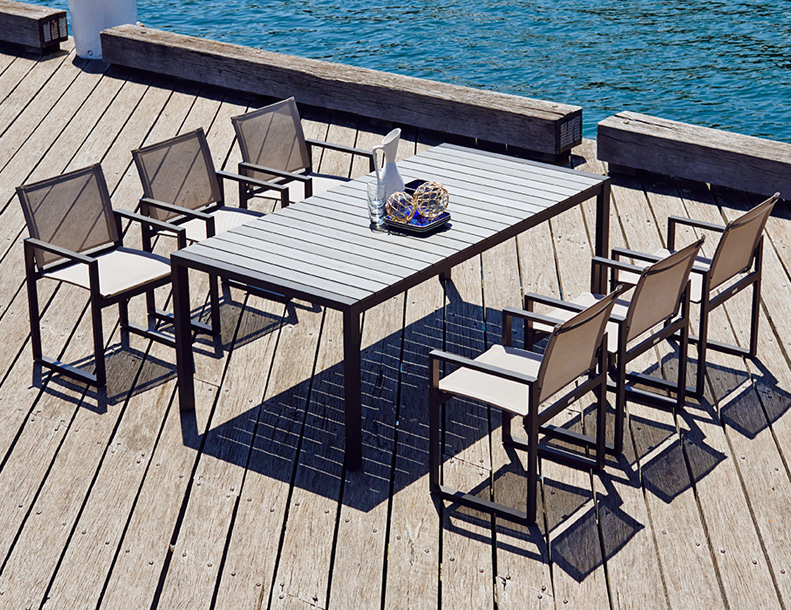 Harbour Outdoor – Piano Dining Chairs & Table