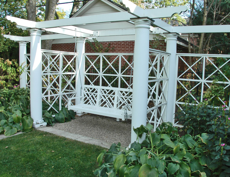 Richardson Allen - Custom Pergola & Chippendale II Swing