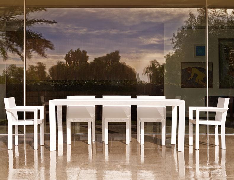 Vondom - Frame Chairs & Table
