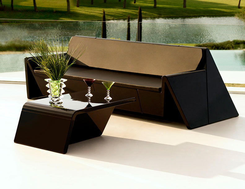 Vondom - Rest Table & Sofa