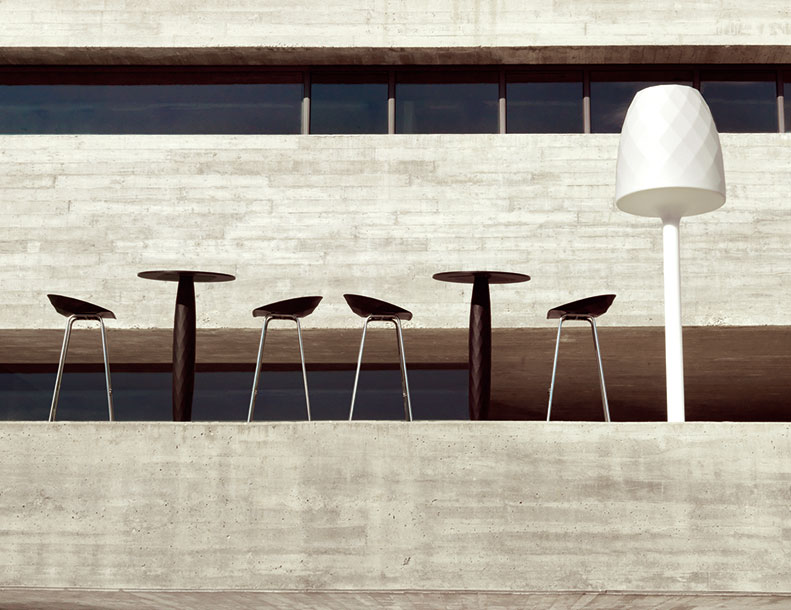 Vondom - Vases-Bar-Stools,-Tables,-Lamp