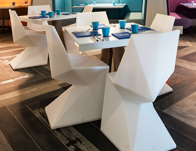 Vondom – Vertex Chairs