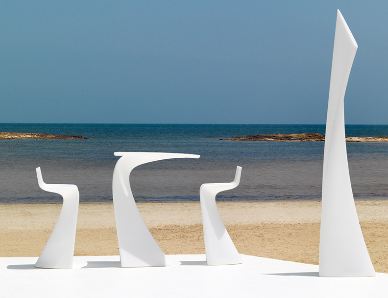 Vondom - Wing Bar Tables & Chairs, Lamp