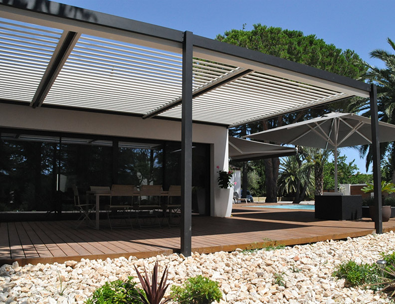 bradley terrace solisysteme bioclimatic pergola. Black Bedroom Furniture Sets. Home Design Ideas