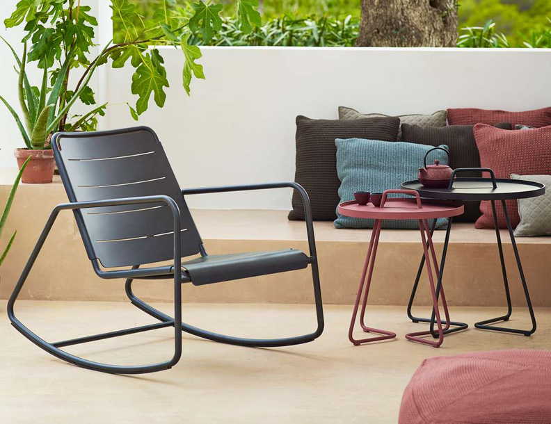 Cane-line - Copenhagen Rocker & On the Move Tables