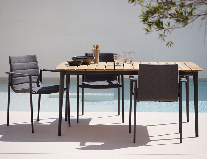 Cane-line - Core Table & Chairs
