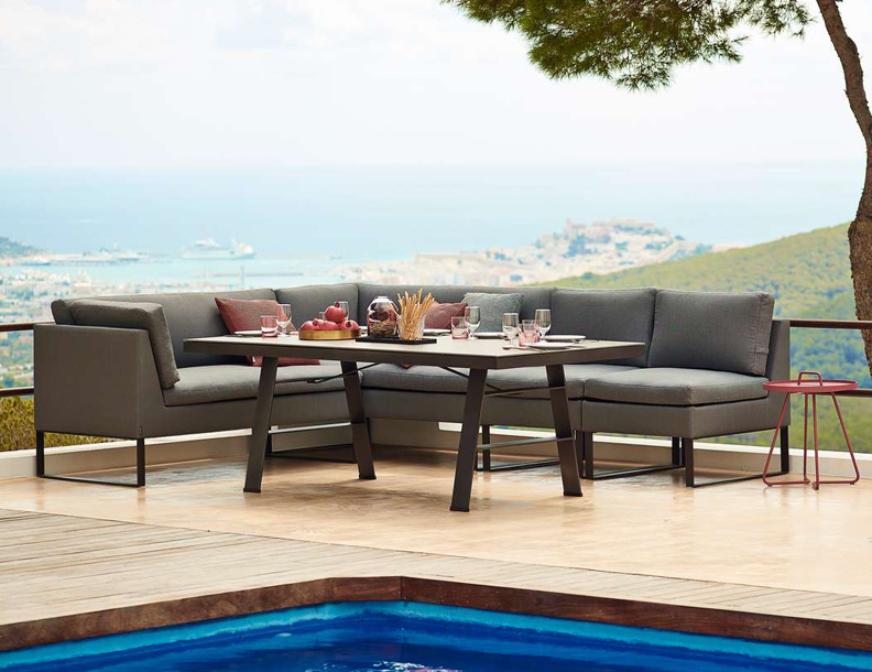 Cane-line - Flex Sectional & Table