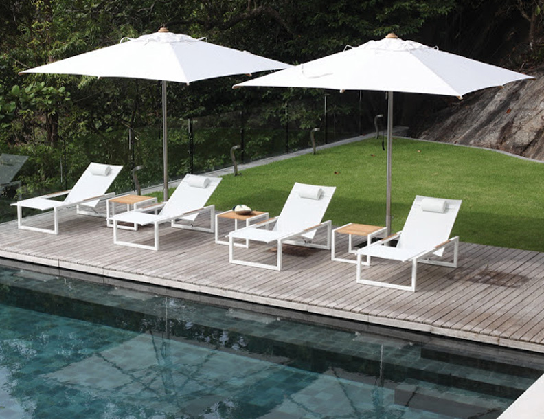 Royal Botania - Ninix Chaise Lounges & Shady Umbrellas