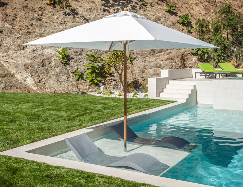 Charmant Santa Barbara Umbrella U2013 Riviera Teak With In Pool Base