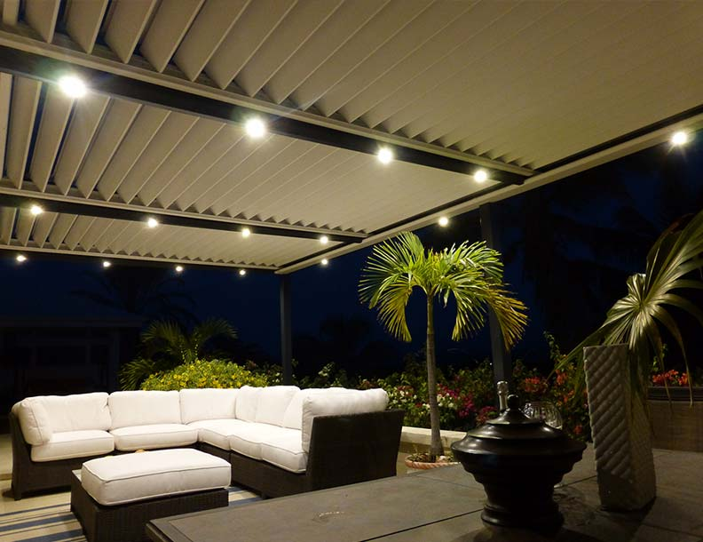 Solisysteme – Bioclimatic Pergola with Integrated Lighting - Bradley Terrace – Solisysteme